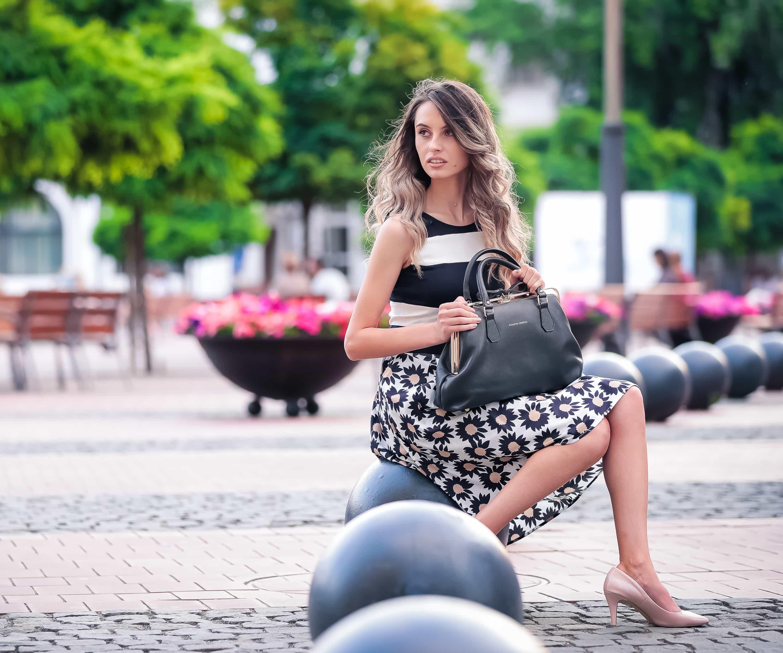 Henkeltaschen von Elsanna Portea