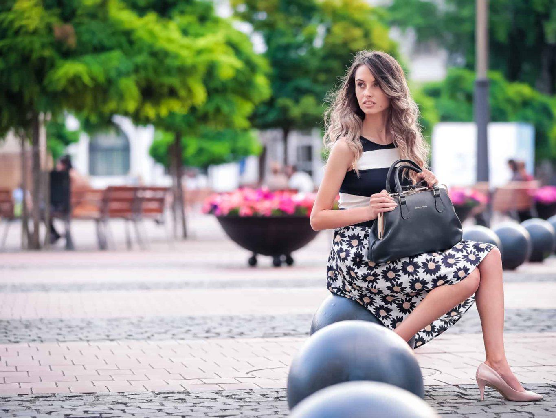 Bügeltasche mit Metallbügel von Elsanna Portea